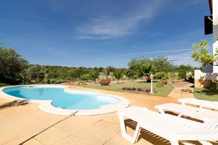 Peaceful Homy Villa - Center Algarve - Haus
