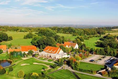 Golfurlaub in Halle/Westf. - Halle (Westfalen)
