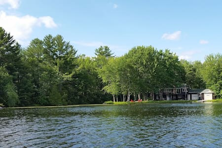 Quiet Kawartha Waterfront Cottage - Buckhorn - Ev