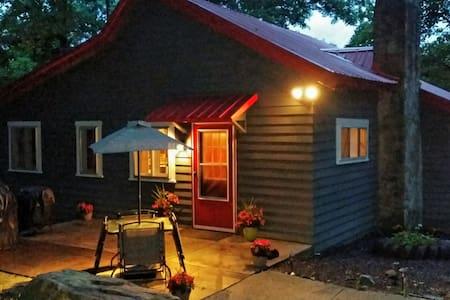 2BR/1 Bath Cabin Seven Springs, PA! - Kisház