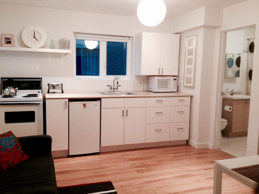 1 Bedroom Private Furnished Suite