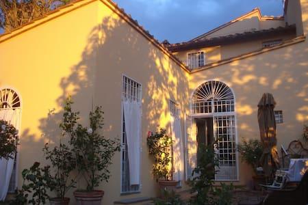 casa il Bossone - Pozzolatico - House
