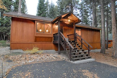 Agate Bay Ranch Home! Sleeps 6  - # 149 - Carnelian Bay - House