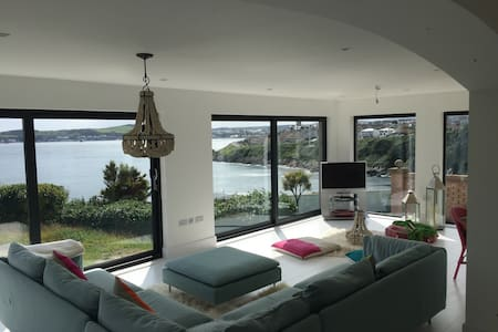 Stunning views, Modern Beach Chic - Onchan - Appartamento
