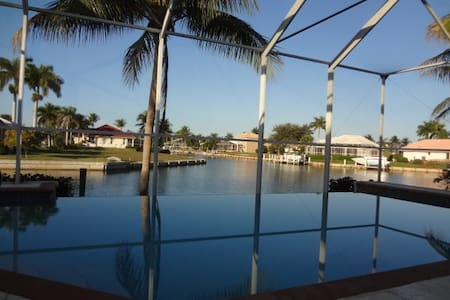 LoveMarcoIsland Waterfront, Pool, Views, Dolphins - Marco Island