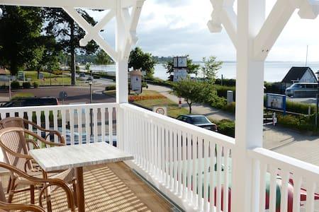 3 Zimmer Meerblick an der Seebrücke - Apartamento