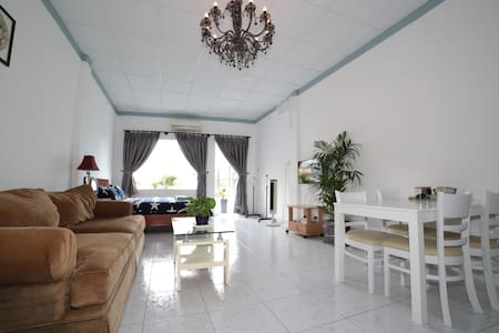 ★Classic Home @Ben Thanh Market