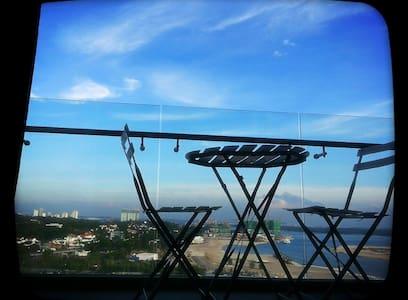 TROPEZ RESIDENCE:SEAVIEW 1 BR-SUITE - Johor Bahru - Wohnung