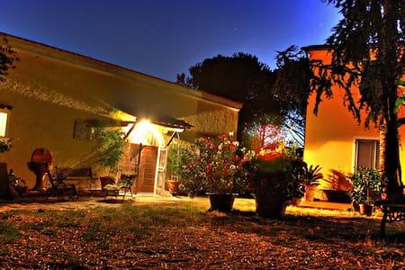 Romantic Tuscan Villa - Villa