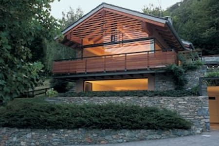 Una casa nel bosco - Huoneisto