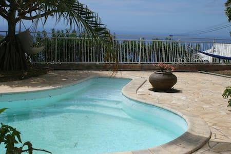 Superbe villa 5 ch. avec piscine - Ház