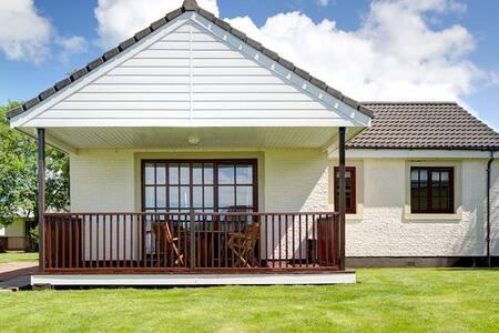 Brunston Lodge, Brunston Castle Resort - Dailly
