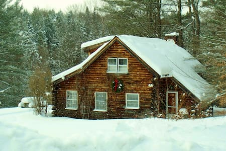 Stowe Log Cabin: Private, Hot Tub - Stowe - Cabaña