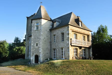 Castle of the Black Prince - Bed & Breakfast