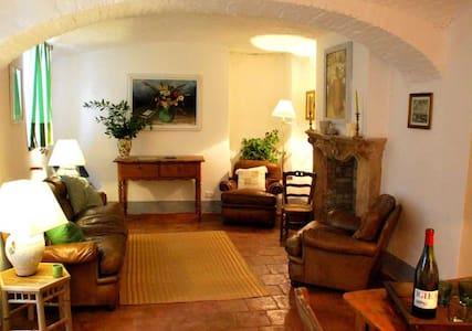 "Luxury ""Mint apartment"" in Piemont - Murazzano"