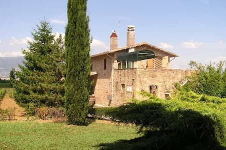 A Country House into the vineyards - Cannara