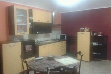 Posto letto in appartamento - Lägenhet