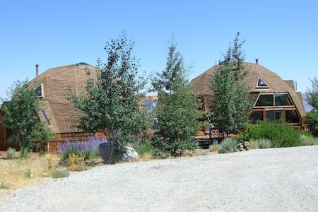 Reno/Tahoe Retreat Style Dome House