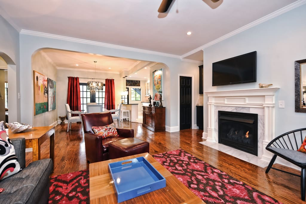 The gas fireplace is great for cozy evenings. There is also a large flat screen television with cable