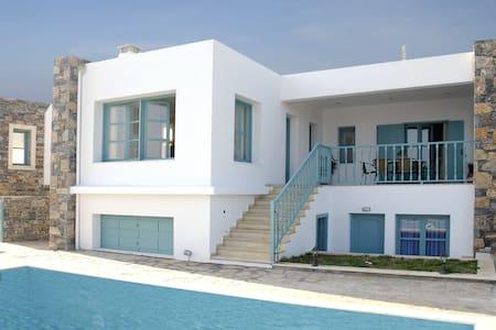 Luxury Villa with Private Pool & superb sea view - Mochlos - Villa