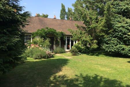 petite maison familiale au calme - Gonneville-sur-Mer