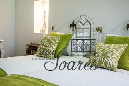 Casa Soares - Sobrado Velho - Vila
