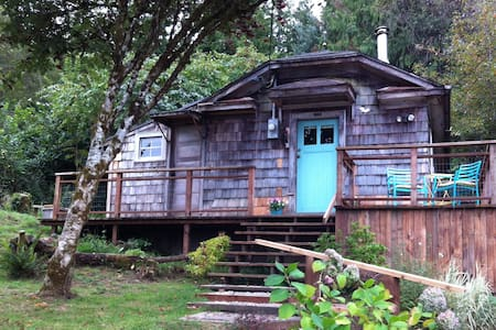 The Cabin at Willapa Bay - Cabin