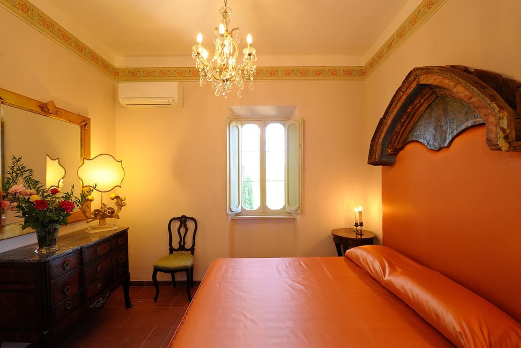 Suite in historic Villa in Perugia