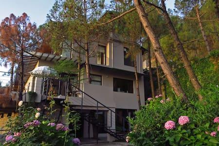 Villa ZOARZ - Luxury villa - Kasauli - Szoba reggelivel