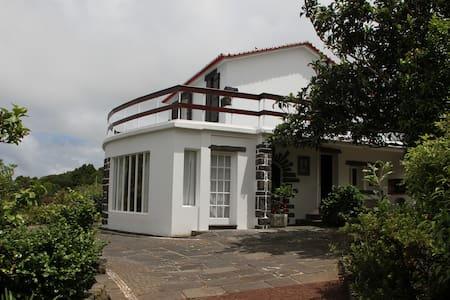 Azores Green Villas V3 - S. Vicente Ferreira - Dom