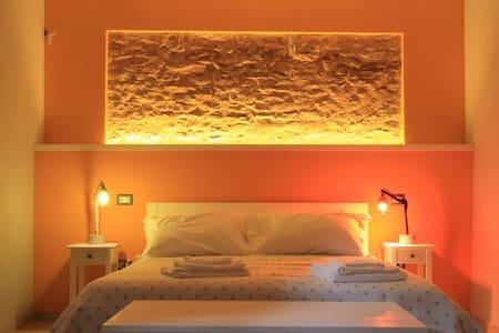 Mosca Cieca's room in Spello - Bed & Breakfast