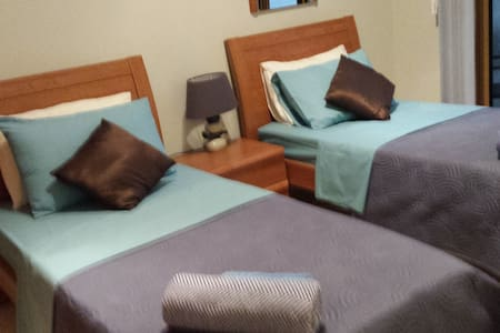 Private rooms and bathroom with breakfast in Gozo. - Apartment