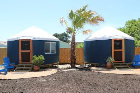 Camp Coyoacan Yurt #1 - Port Aransas - Yurt