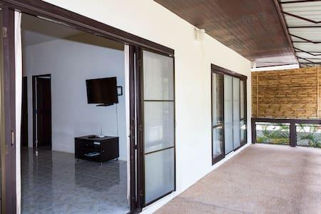 MI18: 2 спальный дом в зеленом саду - Остров Самуи