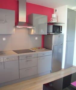 """Appartement """"Royan"""" 4 personnes - Saint-Simon-de-Bordes - Lägenhet"""