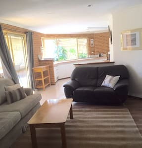 Great house for group !! - Preston Beach