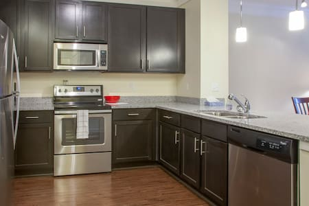 Pittsbrg-Cranberry Luxury 2BR(3105) - Lakás