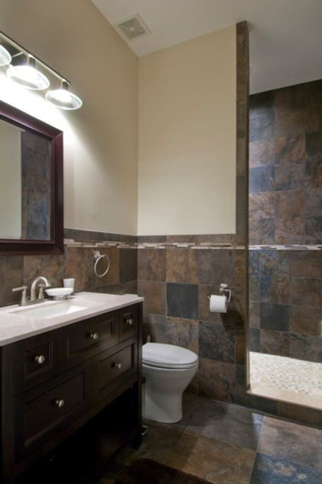PRIVATE BATHROOM W/ STEP IN, RAIN HEAD SHOWER