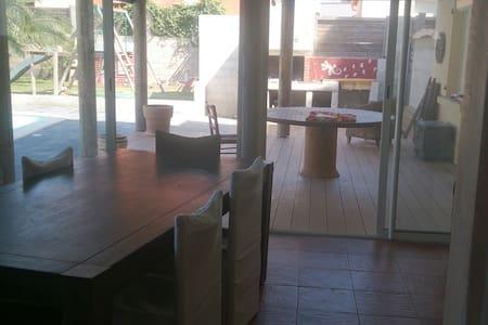 Villa avec piscine - Haus