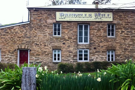 Randells Mill B&B   Self contained - Inap sarapan