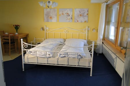 Welcome to cosy B&B Siglistorf - Bed & Breakfast