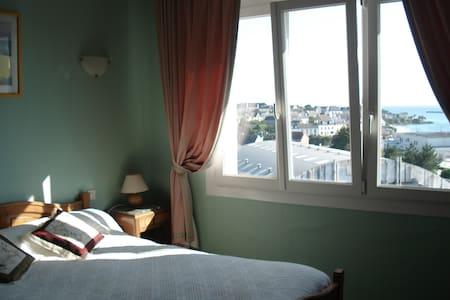 La Licorne 2 - Plouhinec - Bed & Breakfast