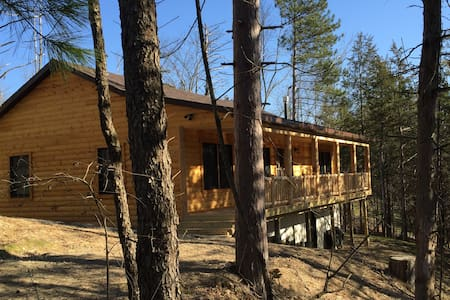 Brand New Lake Front Cabin - Chatka