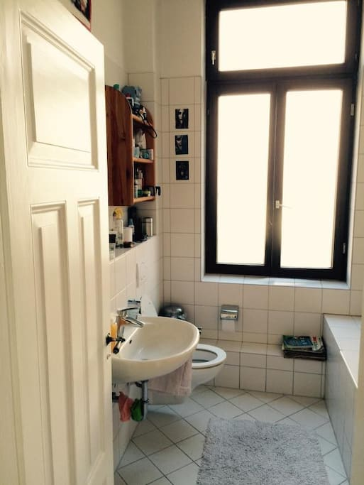 Big and clean bathroom!