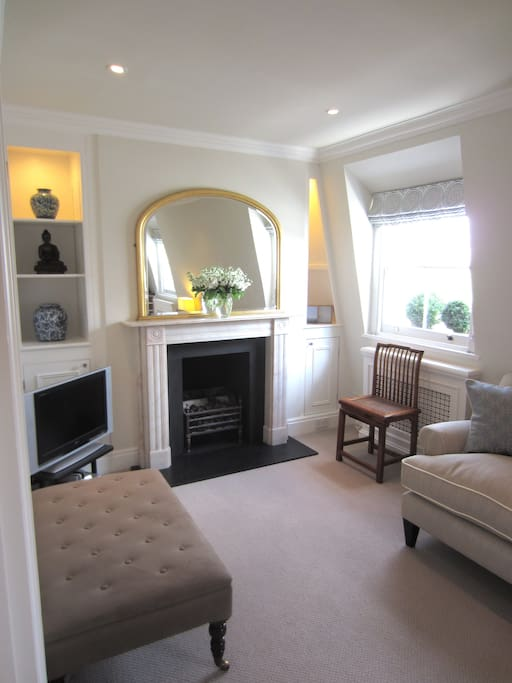 Sitting Room with real flame gas fire