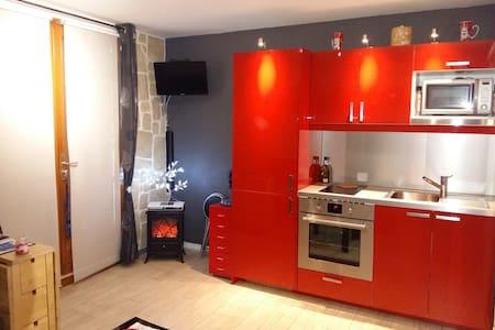 appartement en moyenne montagne - Huoneisto