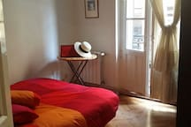 Doble room in central Madrid