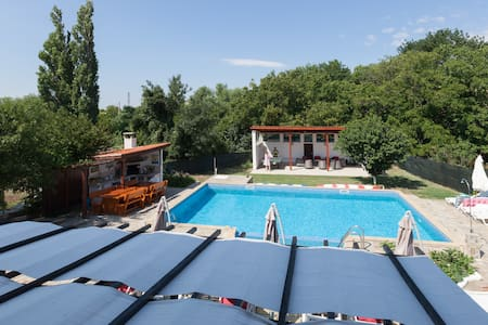 Bulgaria Coast Villa Large Pool BBQ Summerhouse - Burgas - Villa