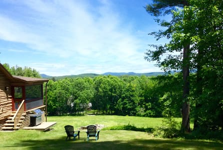 Room type: Entire home/apt Property type: Cabin Accommodates: 5 Bedrooms: 2 Bathrooms: 1