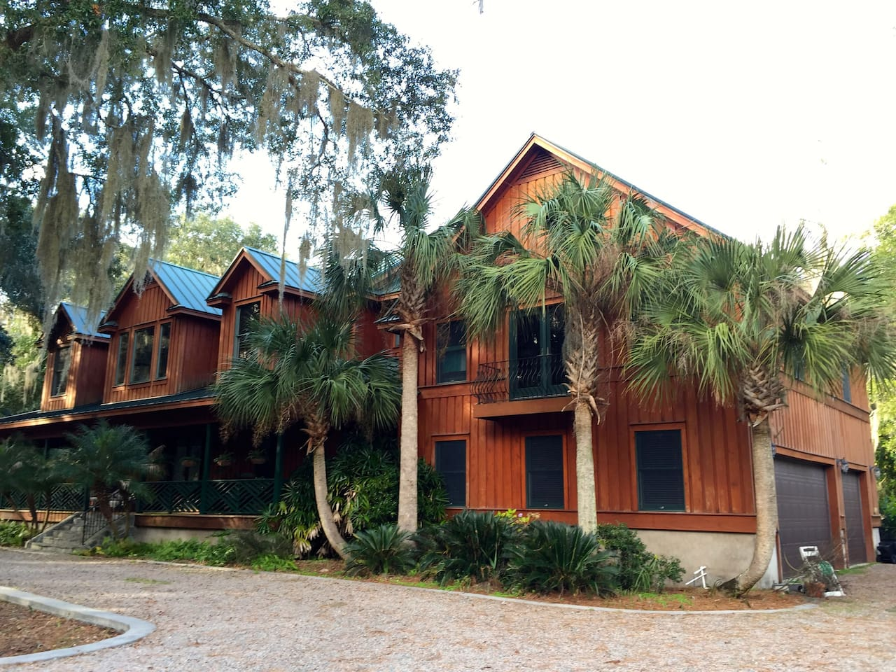Discover true Southern hospitality in our spacious cypress home. Its unique character comes from a combination of old Florida style and contemporary design. We built it ourselves and love to share it with our guests.